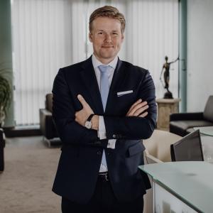 Dr. Jörg Neubauer